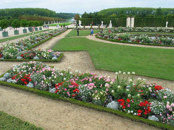 сады классицизма версаль